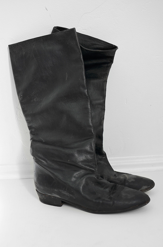 istillloveyou-leatherboots-fordfiesta-3